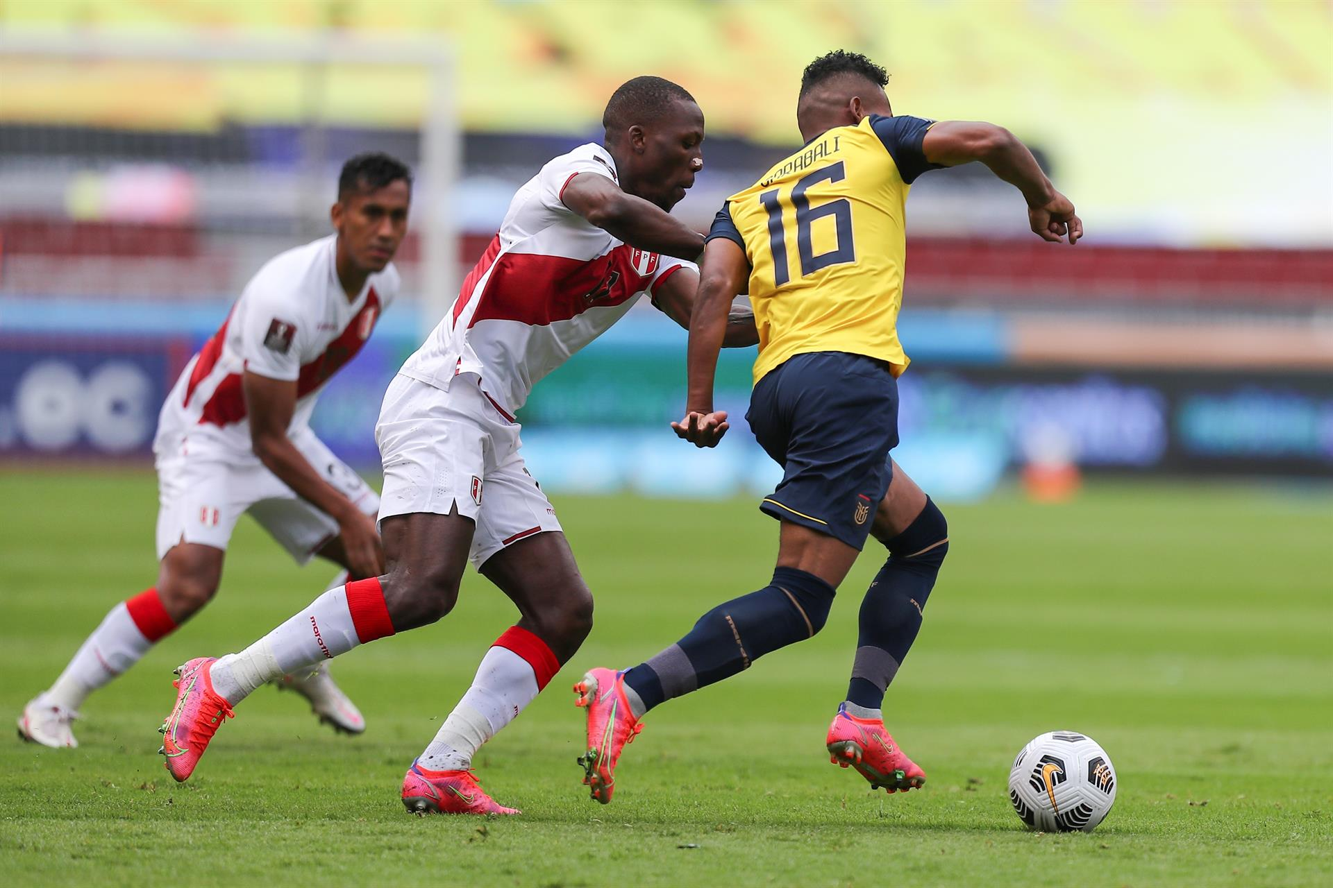 Soi kèo Ecuador vs Peru, 04h00 ngày 24/6, Copa America