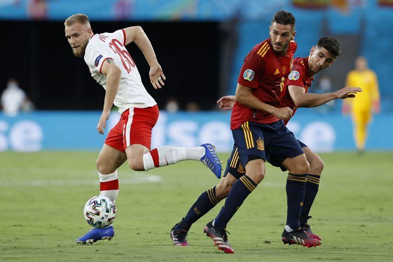 Soi kèo Slovakia vs Tây Ban Nha, 23h00 ngày 23/6 - VCK Euro 2021