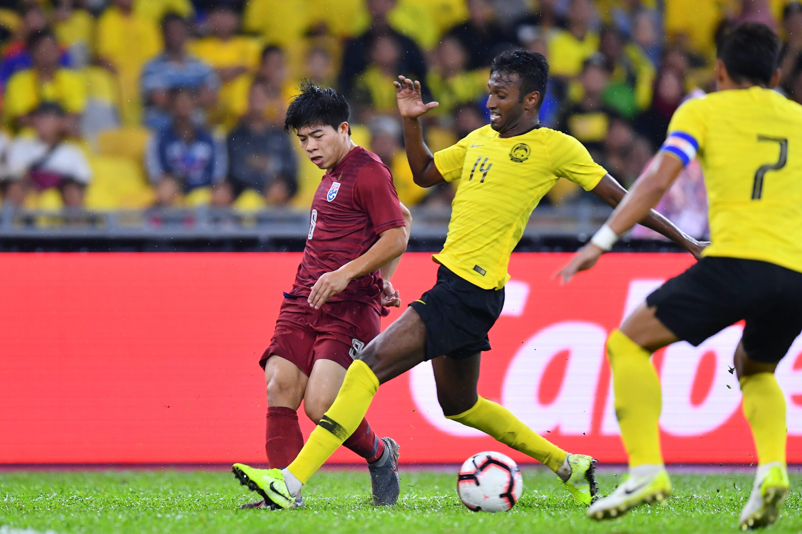 Soi kèo Thái Lan vs Malaysia, 23h45 ngày 15/6, VL World Cup 2022