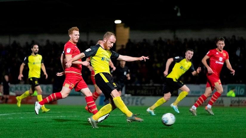 Soi kèo Burton Albion vs MK Dons, 01h00 ngày 1/9 - Trophy Cup