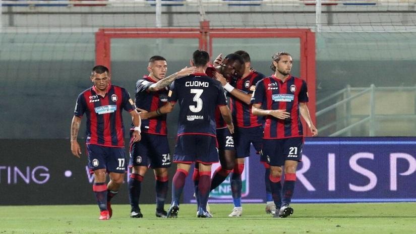 Soi kèo Crotone vs Brescia, 22h45 ngày 16/8 - Cúp QG Italia