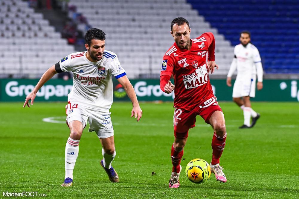 Soi kèo Lyon vs Brest, 22h00 ngày 7/8, Ligue 1