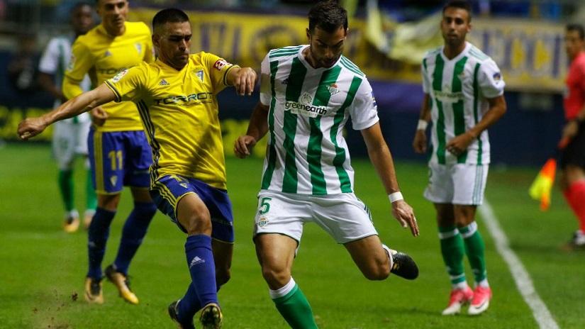 Soi kèo Real Betis vs Cadiz, 02h00 ngày 21/8 - VĐQG Tây Ban Nha