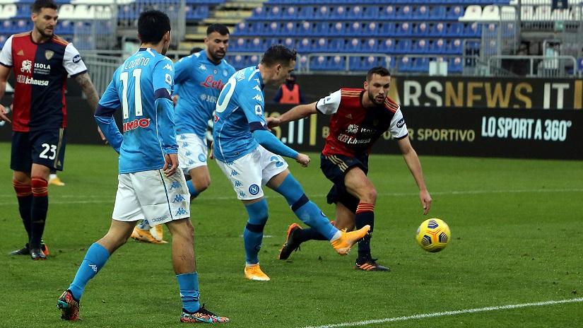 Soi kèo Napoli vs Cagliari, 01h45 ngày 27/9 - VĐQG Ý